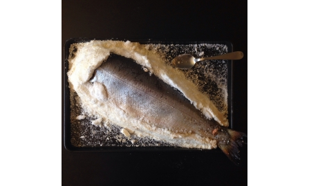 Salmão na Crosta de Sal